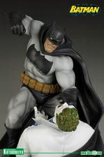 DC Comics: The Dark Knight Returns Batman Vs The Joker ARTFX