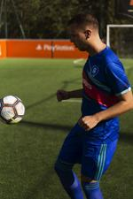 Fifa 19 Ultimate Team™ Jersey - Medium [Kun Hos GameStop]